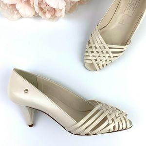 Vintage Etienne Aigner cream peep toe heels